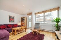 3 bedroom Flat for sale in Pownall Road, London...