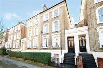 Flat to rent in Bouverie Road, London...