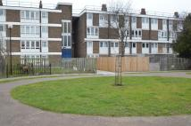 Flat in Pownall Road, London...
