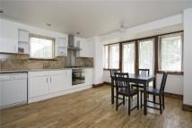 4 bedroom End of Terrace property to rent in Pointers Close, London...