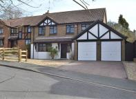 5 bed Detached home for sale in HIGH SALVINGTON