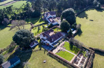 18 bedroom Detached property in Porlock Weir, TA24