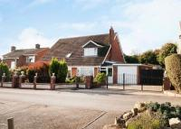 6 bedroom Detached house for sale in Northfield Avenue...
