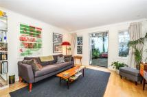 2 bed house to rent in Sutton Square...