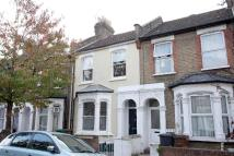 3 bed home to rent in Trehurst Street, London...