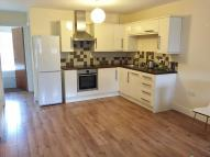 2 bed Ground Flat in Lorne Street, Reading...