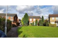Flat to rent in  Luton LU2