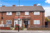 3 bed End of Terrace house to rent in Argyle Road, London, E15