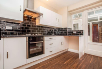 3 bed semi detached home to rent in Argyle Road, London, E15