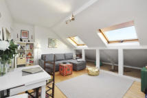 property to rent in Cambridge Gardens, London, W10