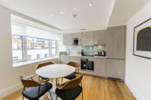 property to rent in America Square, London, EC3N