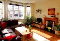 Flat in Highland Road, Bromley...