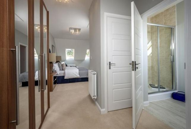 Similar Abingdon Show Home Master Bedroom Suite