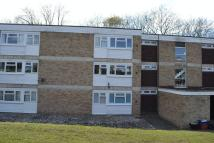 3 bedroom Flat in Hawe Close, Canterbury