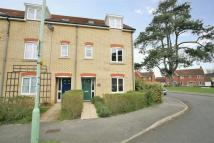 Town House for sale in Hercules Road...