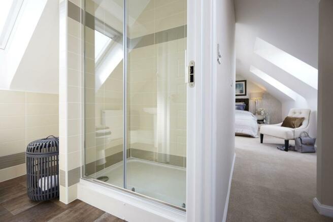 Typical Somerfield en suite to master bedroom
