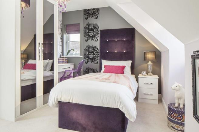 Typical Warwick fifth bedroom