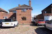 semi detached home to rent in Hobs Moat Road, Solihull...