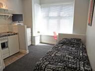 Studio flat in Frances Road, Birmingham...