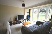 Studio flat to rent in Wilderness Road...