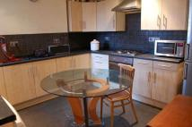 Flat to rent in Ellison Road...