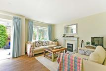 3 bed Detached home in Lovett`s Place, London...