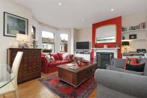 3 bed property in Cromford Road, SW18