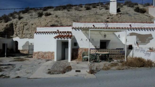 Cave house for sale El Margen