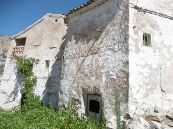 Five ruins in Don Pedro