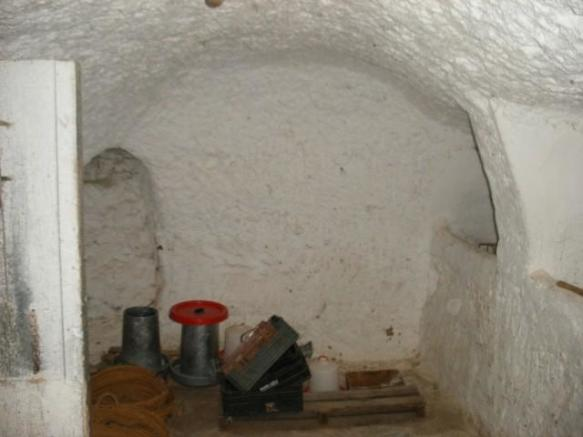 Room 3 cave 2