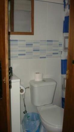Ground floor bathroom