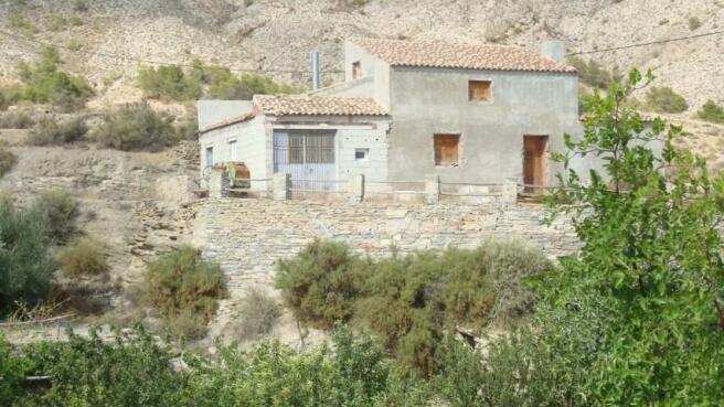 Rural property near Somontin