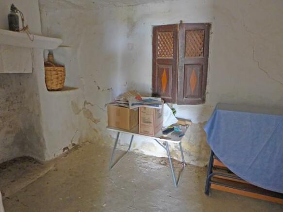 Valetin room