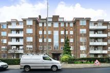 3 bedroom new Flat in Heathway Court...