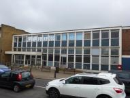property to rent in High Street North, Dunstable, Bedfordshire, LU6