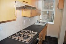 2 bed Ground Flat in Sea View Mansions...