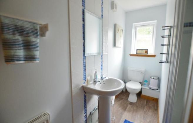 Master Ensuite Shower Room