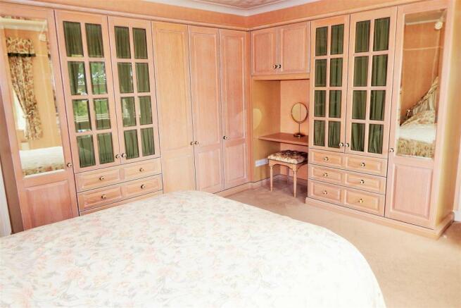 Master Bedroom 2 Ric
