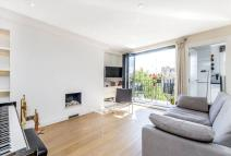 2 bed Flat in Cathcart Road, SW10