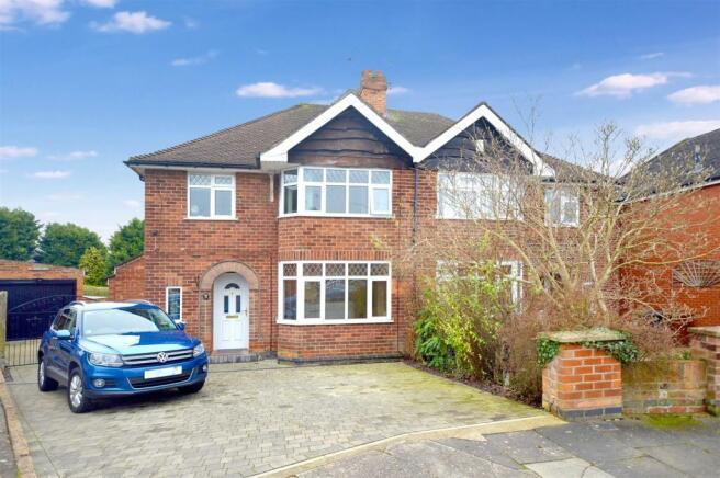 4 Bedroom Semi Detached House For Sale In Nettleham Close