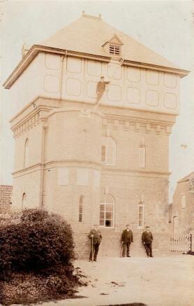 Water Tower Potterhanworth 1906 (1).jpg