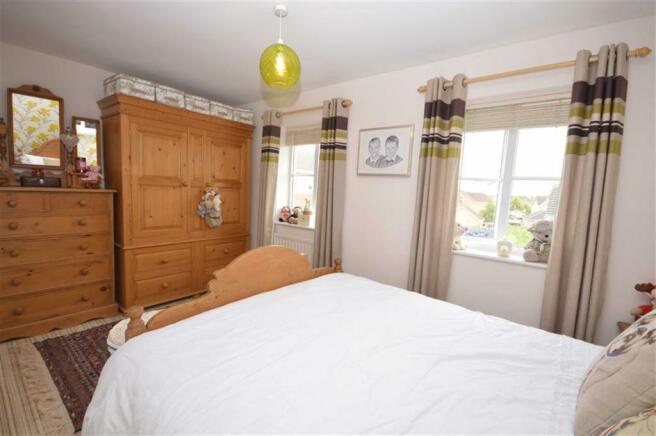 Bedroom/En-suite Sho