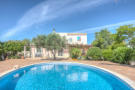Villa for sale in Loulé, Algarve