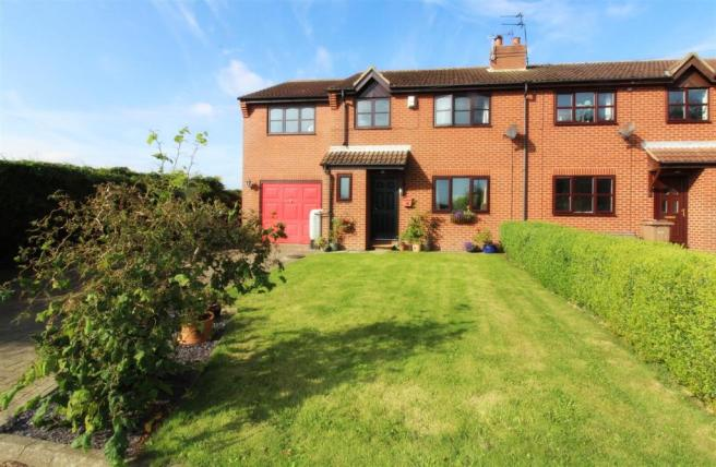 1001_Eastfield Close