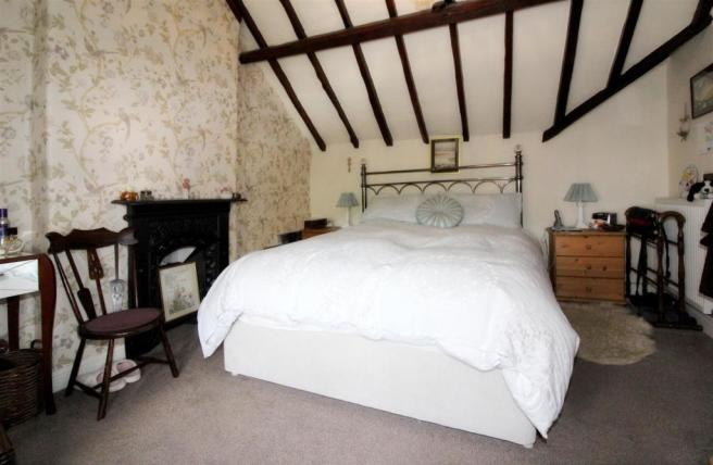 1012_Clara's Cottage