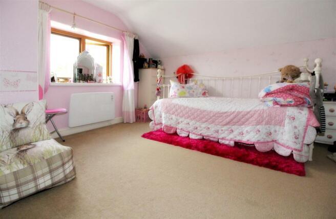 1014_Clara's Cottage