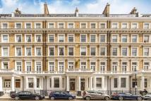 Flat for sale in Queen's Gate Gardens...