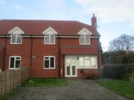 3 bedroom semi detached house in Oldfield Lane, WR9