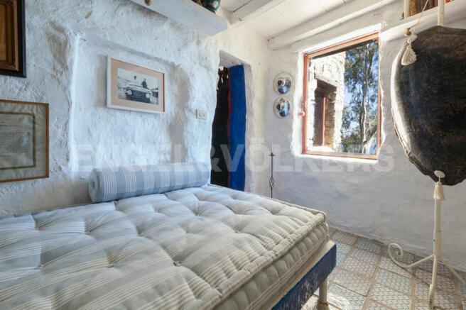 MortolaTower bedroom