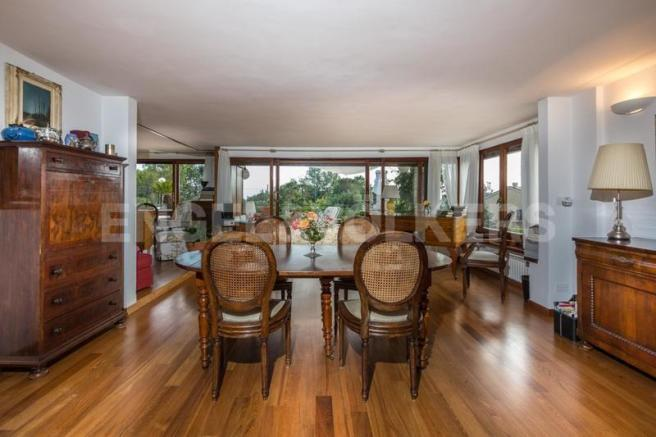 Arenzano Pineta - Penthouse, Esszimmer